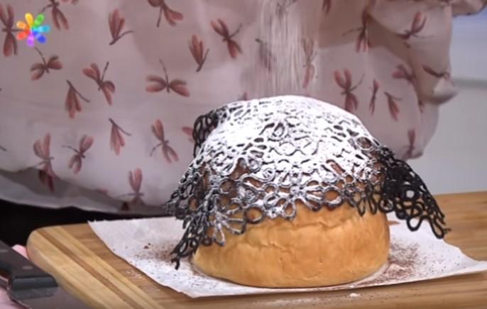 Как украсить пасхальный кулич своими руками